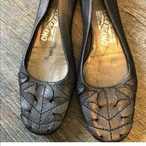 Salvatore Ferragamo Charcoal Metallic Flats Size 6